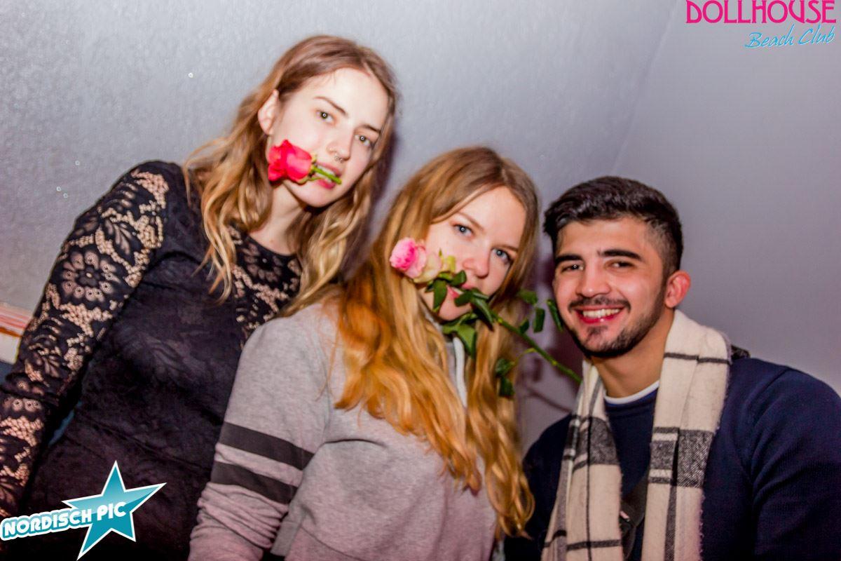 07.-März-2020-Dollhouse_Beachclub_Hamburg_by_Paola_Vallejos_NordischPic-3424