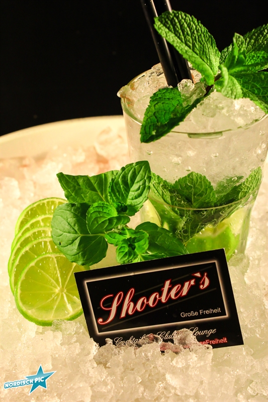 Shooters Cocktail-9